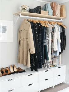 wooden-coat-hangers